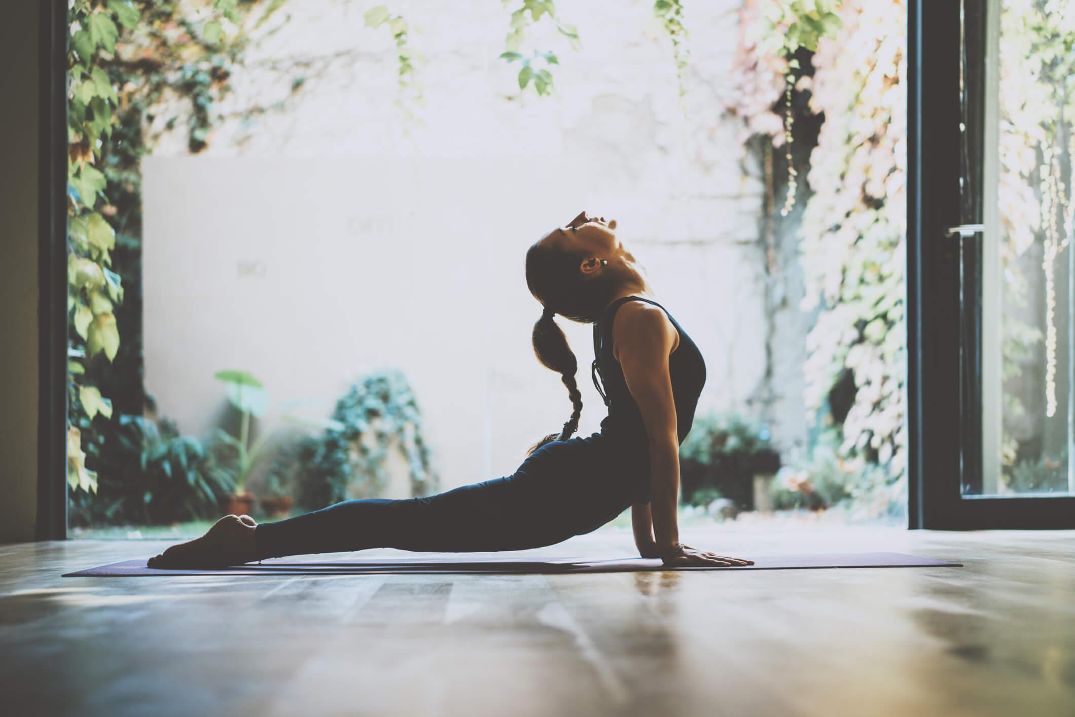 Йога, 8 лесни начина да се предпазим от подуването