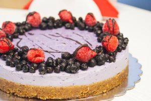 сурова торта Rawlly